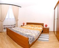 a7bedroom1.jpg