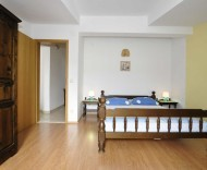bedroom32.jpg