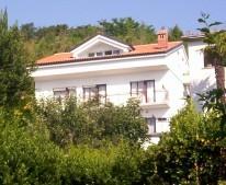 Apartments Apartmani Majić