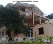 Apartments Jurić - Tučepi
