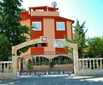 Apartments Villa Mediteran