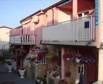 Apartments Brekalo-Bonaca