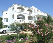 Apartments Elidvina Mandre