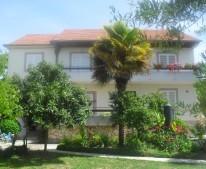 Apartments Nadinić