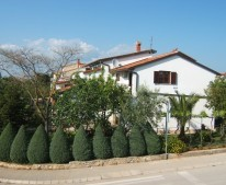 Apartments Villa Kascuni