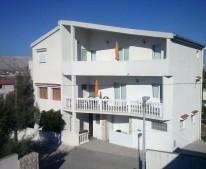 Apartments Dario Pag
