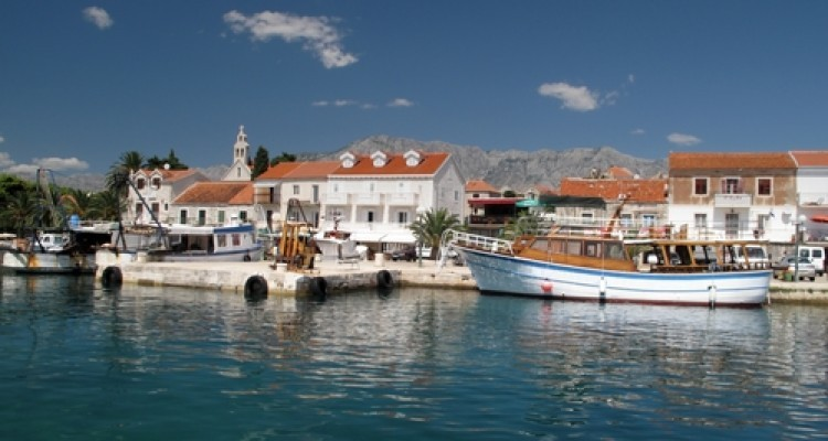 Island Hvar and its vacation prices