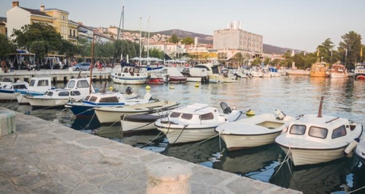 Crikvenica - Rivieran Crikvenica, dess stränder och privata logier