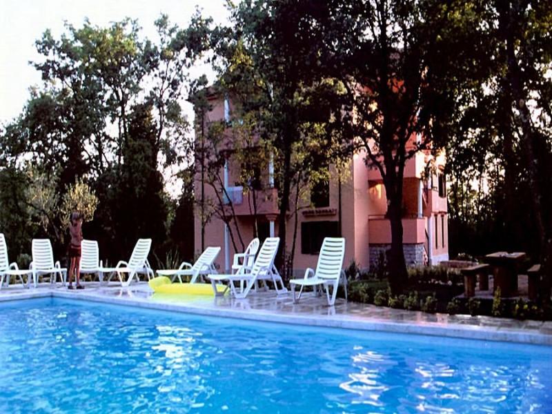 Apartments VILLA PLAVO MORE