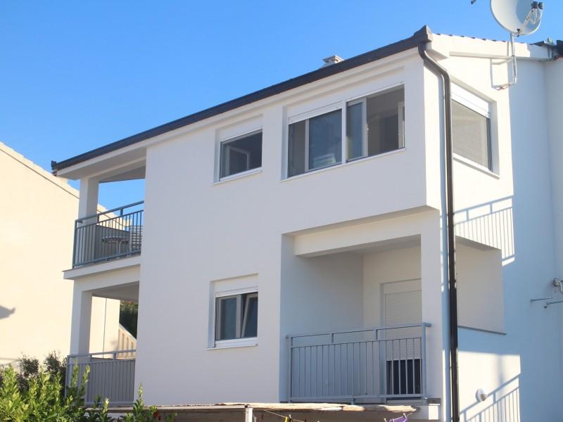 Apartments Dirsi